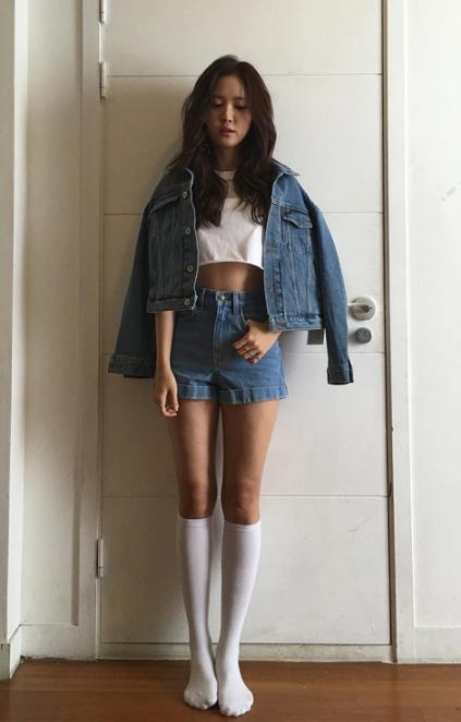 Những mỹ nhân Hàn khoe chân dài miên man không cần giày cao gót - 7