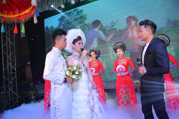 Lâm Khánh Chi liên tục được chồng ôm hôn trong đám cưới cổ tích - 8