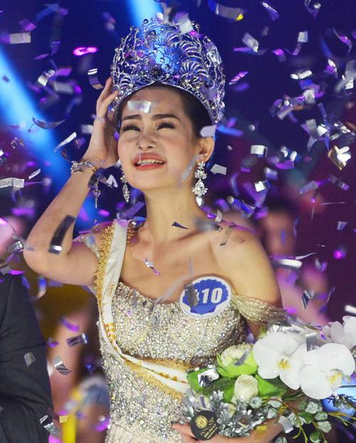 Hai tháng đội vương miện nhiều lùm xùm của Hoa hậu Đại dương