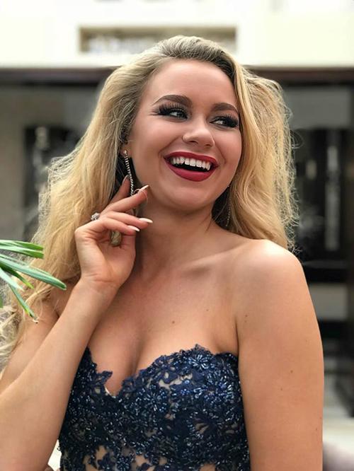 Hàng loạt thí sinh già nua, kém sắc ở cuộc thi hoa hậu danh giá thế giới - 1