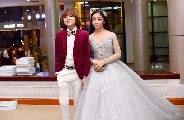 Thiên Khôi điển trai bên công chúa tóc mây Hồng Minh