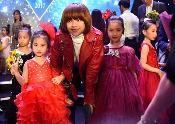 Thiên Khôi điển trai bên công chúa tóc mây Hồng Minh - 6