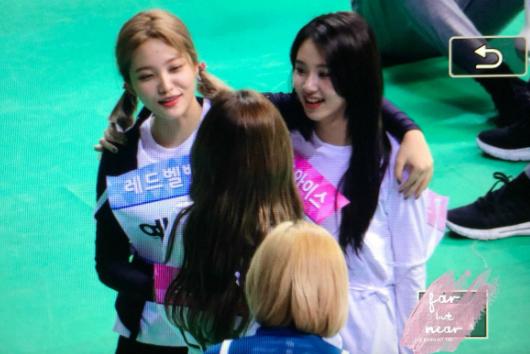 Dàn idol nữ thể hiện tình bạn ngọt ngào trong show thể thao ISAC - 2