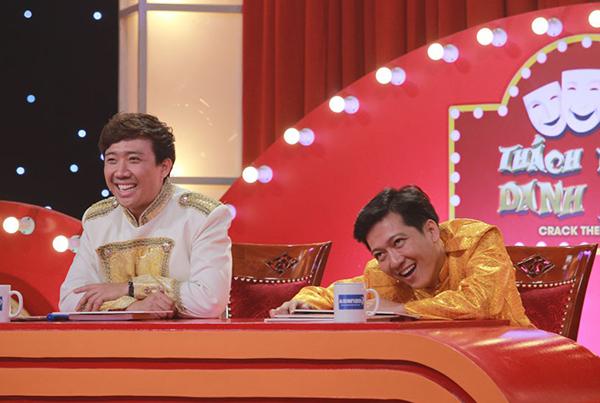 ...khiến Trường Giang - Trấn Thành cười gục trên ghế nóng.