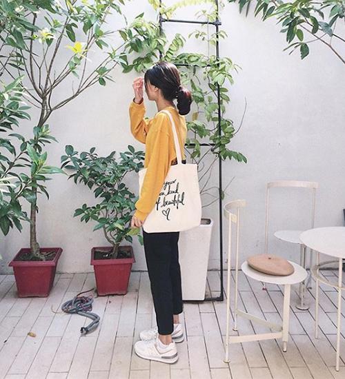 Chán túi da, ba lô sang chảnh, con gái Việt giờ chỉ thích túi vải bố đậm chất Hàn