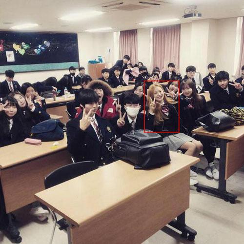 Những mỹ nam, mỹ nữ Kpop chuẩn bị tốt nghiệp trường Hanlim - 1