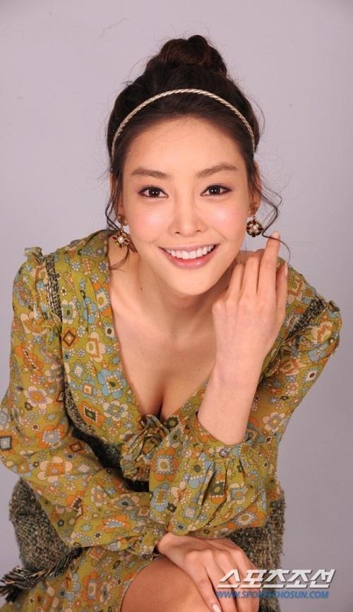 Cái chết của Jang Ja Yeon đã phơi bày những mặt tối của làng giải trí Hàn.