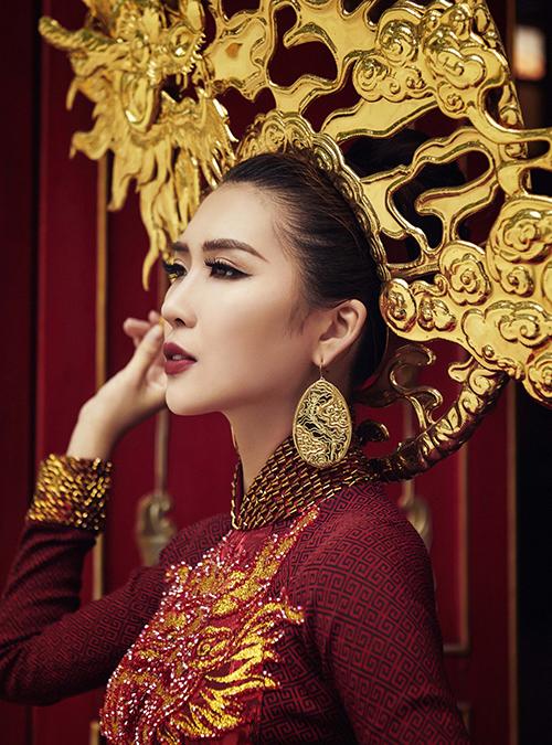 Trang phục dân tộc của Tường Linh tại Hoa hậu Liên lục địa - 3