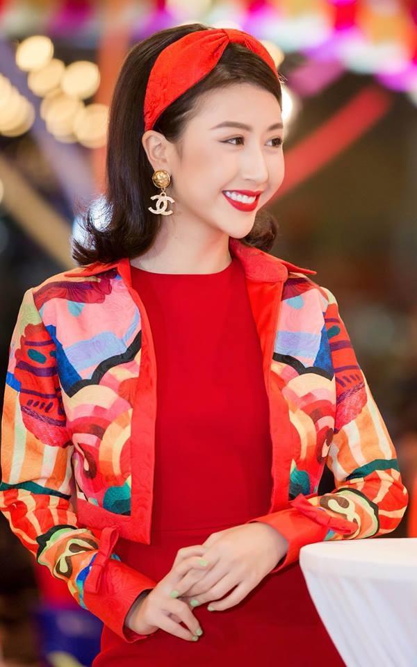 """<p> Nhiều người dự đoán Quỳnh Anh Shyn sẽ sớm đứng vào hàng những """"nữ hoàng thảm đỏ"""" của Vbiz năm 2018.</p>"""