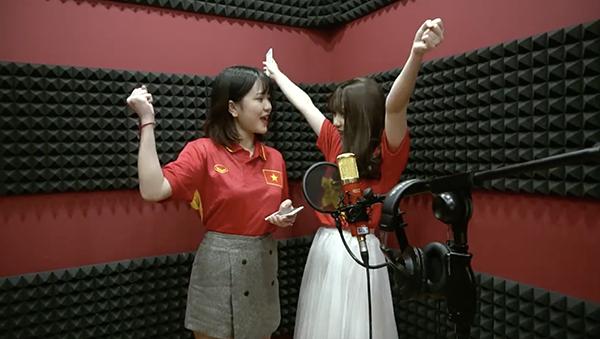 Girl xinh cover ca khúc cổ vũ U23 Việt Nam trước giờ G.