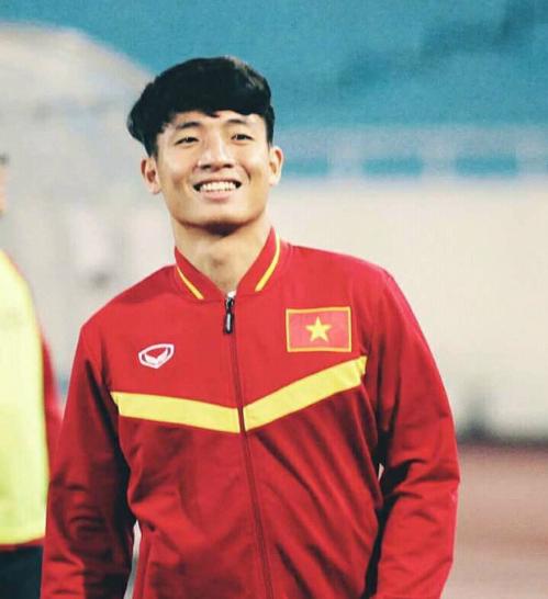 Dàn cầu thủ toàn hot boy của U23 Việt Nam trước giờ gặp Qatar - 3