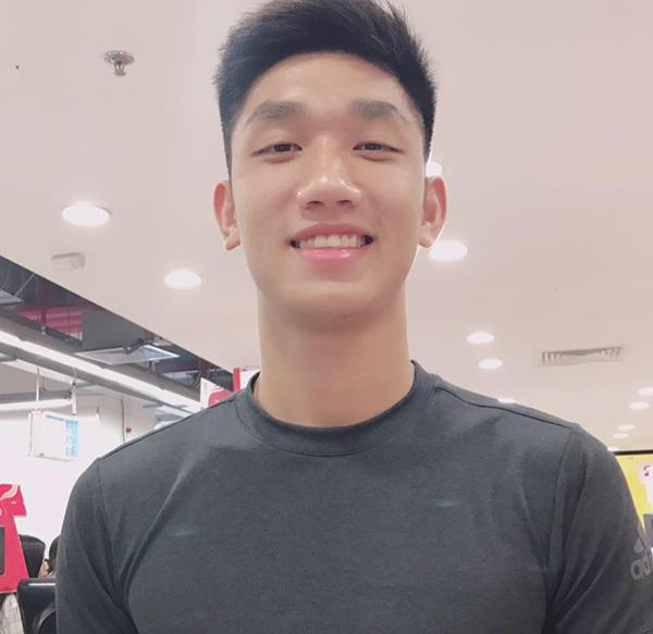 3 soái ca U23 Việt Nam vừa cao vừa cool, không làm người mẫu hơi phí - 8