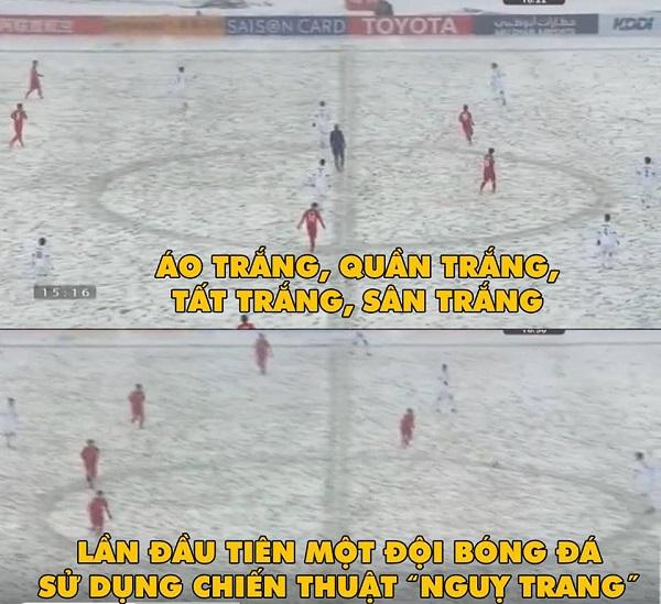 CĐV Việt bức xúc chế ảnh U23 Việt Nam thi đấu dưới tuyết