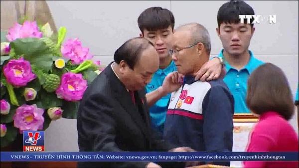 Điểm lại những khoảnh khắc ấn tượng của U23 Việt Nam trong sự kiện ăn mừng về nước - 5