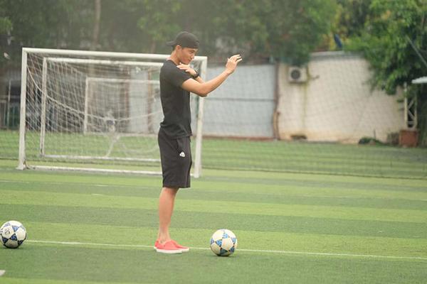 U23 Việt Nam còn có một thủ môn đẹp trai, cao ráo hơn cả Bùi Tiến Dũng - 8