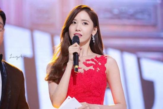 5 nữ thần Kpop là MC tài năng được loạt show săn lùng