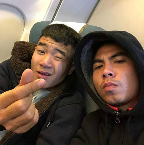 Các thành viên U23 Việt Nam hớn hở khoe ảnh vào TP. HCM - 4