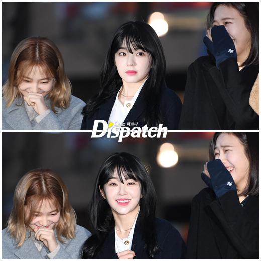 Suzy khoe mặt mộc, Irene hết hồn vì fan cuồng khi đến Music Bank - 2