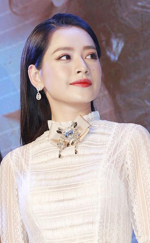 Chi Pu đẹp tinh khôi bên nữ thần thế hệ mới Jung Chae Yeon - 5