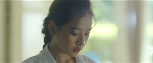 Phim mới của Chi Pu đầy sạn khó hiểu - 1