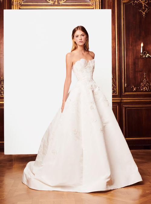 Bóc mác váy cưới giá hàng trăm triệu đồng của bà xã Tae Yang - 1