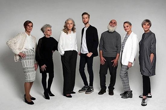 Công ty quy tụ dàn người mẫu cao tuổi chất lừ - 11