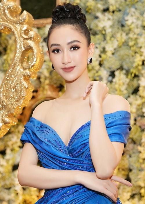 Hà Thu diện lại đầm dạ hội từng gây ấn tượng tại Miss Earth 2017 - 5