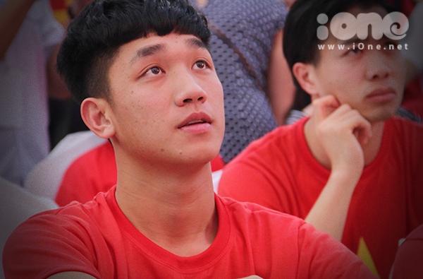Giữa dàn trai đẹp U23, Trọng Đại nổi bật nhờ loạt biểu cảm kute - 7