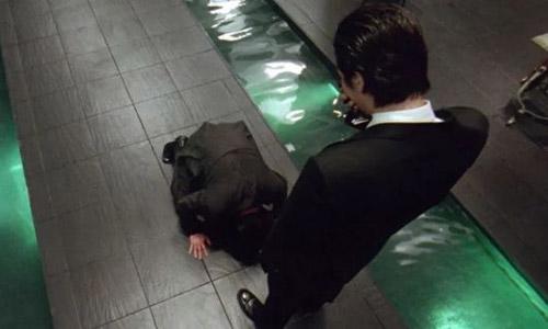 Nín lặng vì cảnh cầu xin trong bộ phim gây sốc bậc nhất màn ảnh Hàn - 1