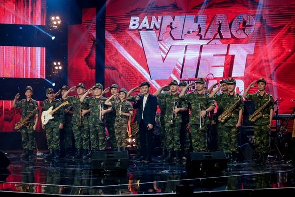 Tự tin bản phối hay hơn Sơn Tùng một bậc, Nguyễn Hải Phong vẫn để tuột quán quân Ban Nhạc Việt - 7