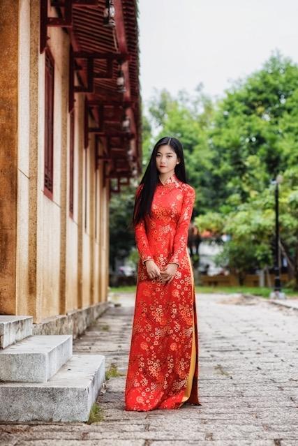 Miss Teen Nam Phương khoe nhan sắc rực rỡ tuổi 18 giữa phố xuân - 4