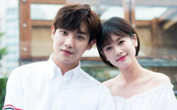 Lee Joon đang hẹn hò với Jung So Min. Cả hai bị lộ