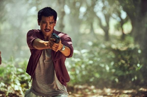 Bành Vu Yến thành công với vai diễn hành động trong Điệp vụ Tam giác vàng.