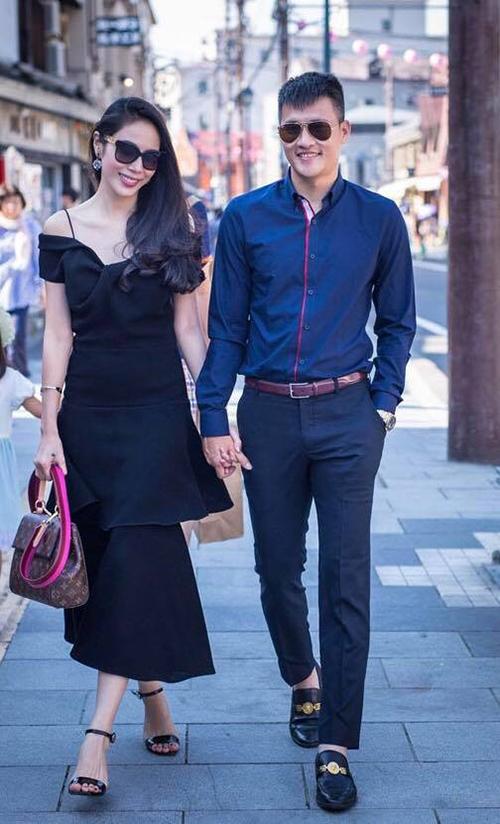 Sao Việt khoe quà, hạnh phúc bên người yêu dịp Valentine - 1
