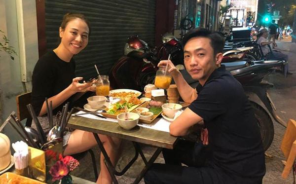 Ảnh hẹn hò của Cường Đô La - Đàm Thu Trang gây chú ý.