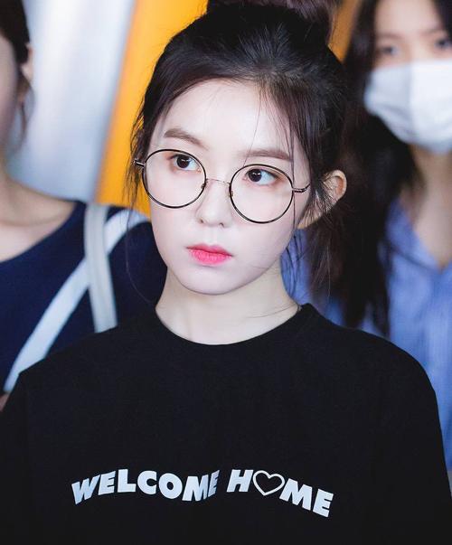 Irene chứng minh đẳng cấp nữ thần, da đẹp không cần kem nền - 4