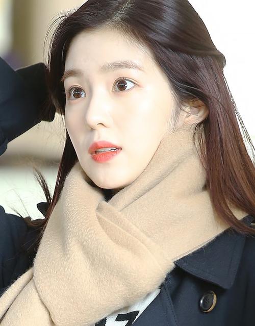 Irene chứng minh đẳng cấp nữ thần, da đẹp không cần kem nền - 2