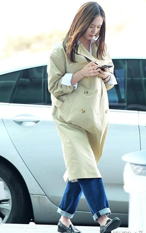 3 mỹ nhân Twice khoe style sau Tết, Hara đi boots khó hiểu