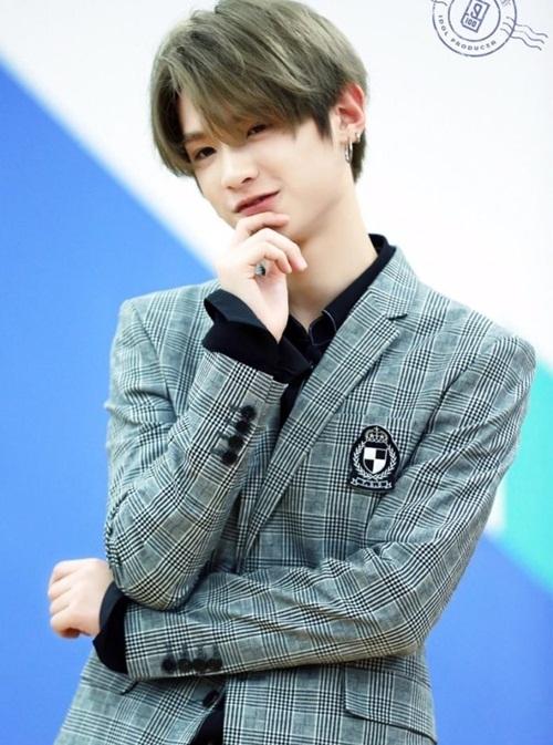 9 chàng trai hút triệu lượt bình chọn trong Produce 101 bản Trung - 6