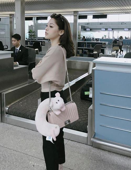 Style sang chảnh, ngập tràn đồ hiệu của bạn gái tin đồn Soobin Hoàng Sơn - 7