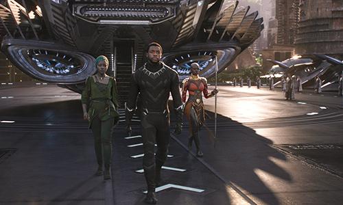 Những kỷ lục khủng khiếp Black Panther lập nên khiến fan ngỡ ngàng - 1