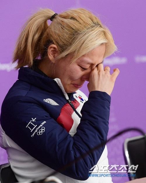 Đổ lỗi cho đồng đội khi thua cuộc tại Olympic, hai vận động viên bị người Hàn tẩy chay - 4