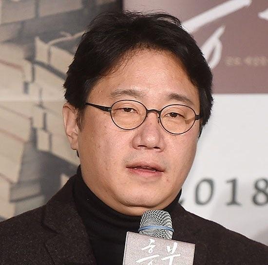 Đạo diễn Cho Geun Hyun.