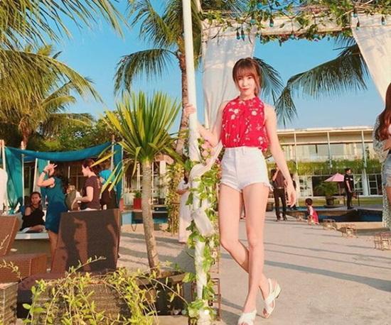 Ảnh chụp hang ngày của Yuju đẹp long lanh như ảnh tạp chí dù không cần chỉnh sửa.