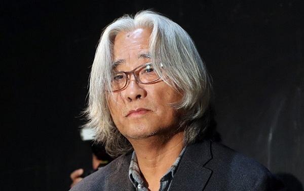 Giám đốc nhà hát Lee Youn Taek