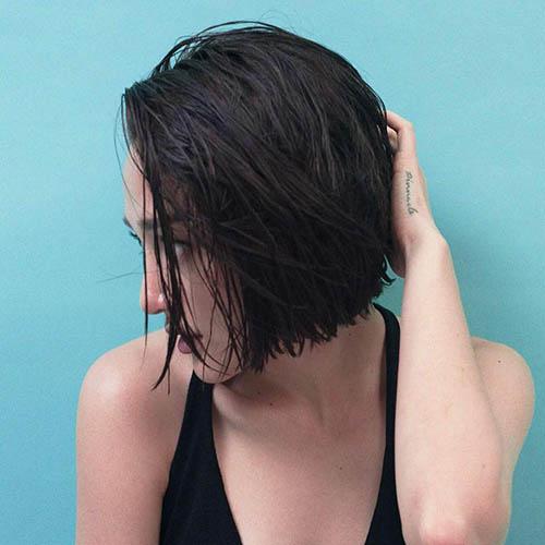 Bảo Anh đổi kiểu tóc tém đầy nổi loạn - 4