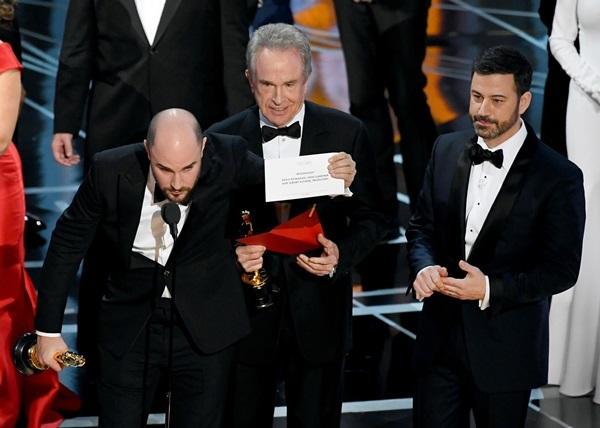 24 khoảnh khắc đắt giá trong lịch sử Oscar - 11