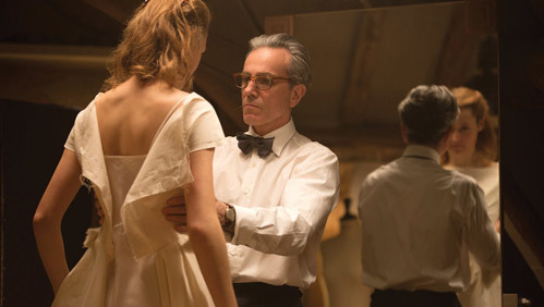 Nhà thiết kế Reynolds Woodcock do Daniel Day-Lewis thủ vai.