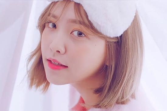 5 idol sở hữu đôi mắt được mơ ước nhất Hàn Quốc - 3