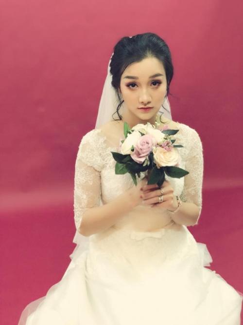 Vợ sắp cưới của hot boy Hữu Công.